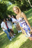 Adolescentes en el parque Fotografía de archivo libre de regalías
