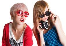 Adolescentes encantadores que se divierten junto Imagenes de archivo