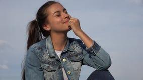 Adolescentes femeninos felices Imagen de archivo libre de regalías