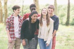 Adolescentes multirraciales Imagen de archivo