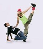 Adolescentes que bailan breakdance Foto de archivo libre de regalías