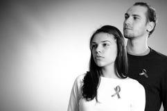 Adolescentes que lutam de encontro ao cancro Fotografia de Stock Royalty Free