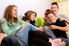 Adolescentes que se divierten Fotografía de archivo libre de regalías