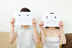 Adolescentes tristes en la desesperación Problemas del amor Fotografía de archivo