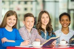 adolescenti Immagini Stock