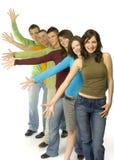Adolescenti al punto Immagine Stock