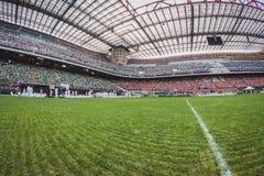 50 000 adolescenti partecipano ad una cerimonia religiosa allo stadio di San Siro a Milano, Italia Immagine Stock Libera da Diritti