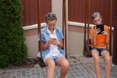 Adolescents avec des instruments Photos stock