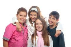 Adolescents de meilleurs amis posant ensemble Images libres de droits