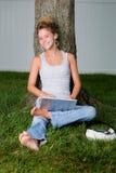 Adolescents dimanche paresseux Photos libres de droits