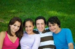 Adolescents en nature Image libre de droits