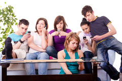 Adolescents - manie mobile Images libres de droits
