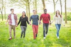 Adolescents multiraciaux Photo stock