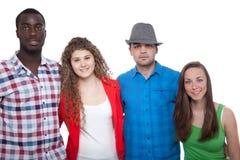 Adolescents souriant et ayant l'amusement Photos libres de droits