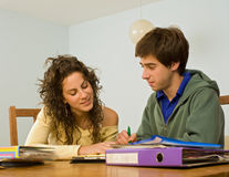 adolescents studing Photos libres de droits