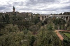 Adolphe-Brücke und petrusse Tal Lizenzfreies Stockbild