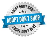 Adopt mettent l'insigne d'argent de boutique du ` t avec le ruban bleu Illustration Libre de Droits