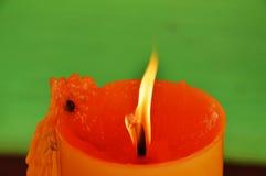 Adoración amarilla de la vela que quema en templo Fotos de archivo libres de regalías