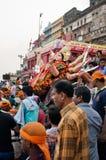 Adoración de la diosa hindú Durga en Varanasi, la India Imagen de archivo