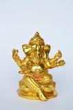 Adoración de oro de dios de la cabeza del elefante del Hinduismo de la estatua de Ganesha para la suerte y el éxito Imagenes de archivo