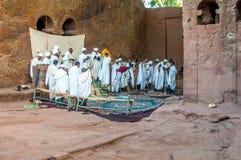 Adoración en el complejo de Lalibela Fotos de archivo
