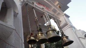Adoración religiosa de la religión india de la cultura de la India de las campanas del templo Foto de archivo