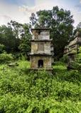Adore la torre en la pagoda de PhatTich, provice de BacNinh, Vietnam Foto de archivo