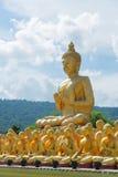 Adore y respete la religión del buddhism con el la más hermoso Foto de archivo libre de regalías