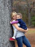 adoring κόρη αυτή Στοκ εικόνες με δικαίωμα ελεύθερης χρήσης