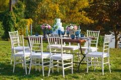 Adornado para casarse la tabla de cena elegante Fotografía de archivo libre de regalías