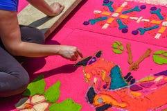 Adornamiento de la alfombra de la semana santa, Antigua, Guatemala Imagen de archivo libre de regalías