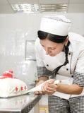 Adornamiento de la torta de los pasteles Fotos de archivo