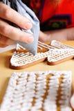 Adornamiento de las galletas del pan de jengibre Foto de archivo