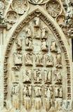 Adornamiento de piedra de una iglesia gótica Imagen de archivo