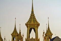 Adornamiento de un lugar para la ceremonia real de la cremación Imagen de archivo libre de regalías