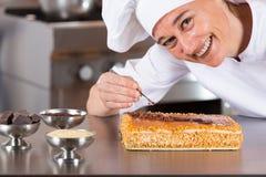 Adornamiento del chef de repostería Imágenes de archivo libres de regalías