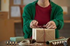 Adornamiento del giftbox Fotos de archivo libres de regalías