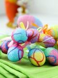 Adornamiento del huevo de Pascua Imágenes de archivo libres de regalías