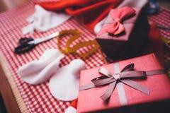 Adornamiento del presente Imágenes de archivo libres de regalías