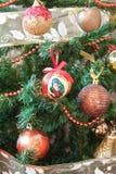 Adorne el árbol de navidad Fotografía de archivo