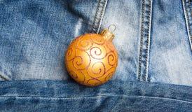 Adorne el juguete tradicional del árbol de navidad Generación moderna celebrar Año Nuevo y la Navidad Celebre la Navidad Invierno fotografía de archivo