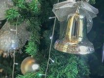 Adorne en árbol de navidad Imagen de archivo libre de regalías