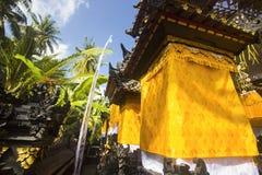 Adorne en el templo hindú, Nusa Penida, Indonesia Fotos de archivo