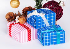 Adorne en la Navidad aislada Imagenes de archivo