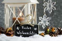 Adorno de la Navidad con la linterna Imagen de archivo libre de regalías