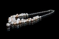 Adorno de la perla hecha a mano Fotos de archivo