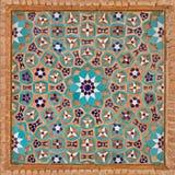 Adorno de las flores en el modelo iraní islámico hecho de tejas y de ladrillos Imagenes de archivo