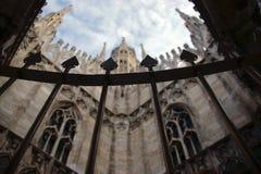 Adorno gótico en iglesia en Milano Fotografía de archivo