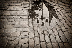 Adorno otoñal con en la ciudad vieja de Riga Foto de archivo libre de regalías