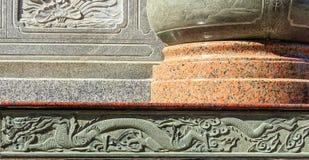 Adornos chinos, tallas de piedra, que son la materia prima piedra Fotografía de archivo libre de regalías